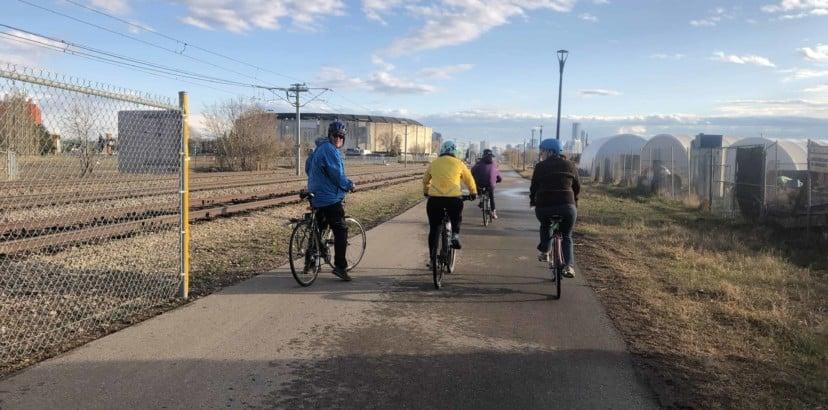 Explore the neighbourhood with a bike club